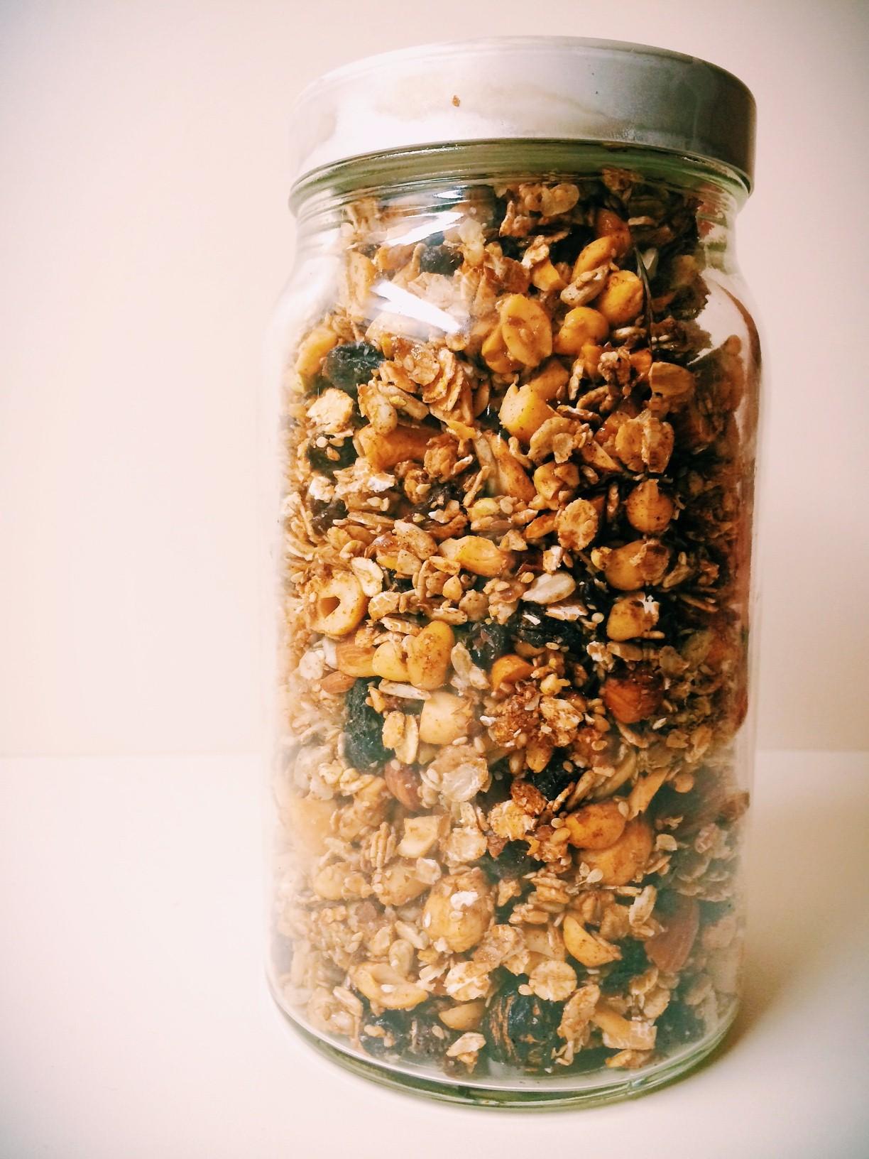 Selbstgemachtes Granola – ich bin nun Herr über meine Müslischüssel