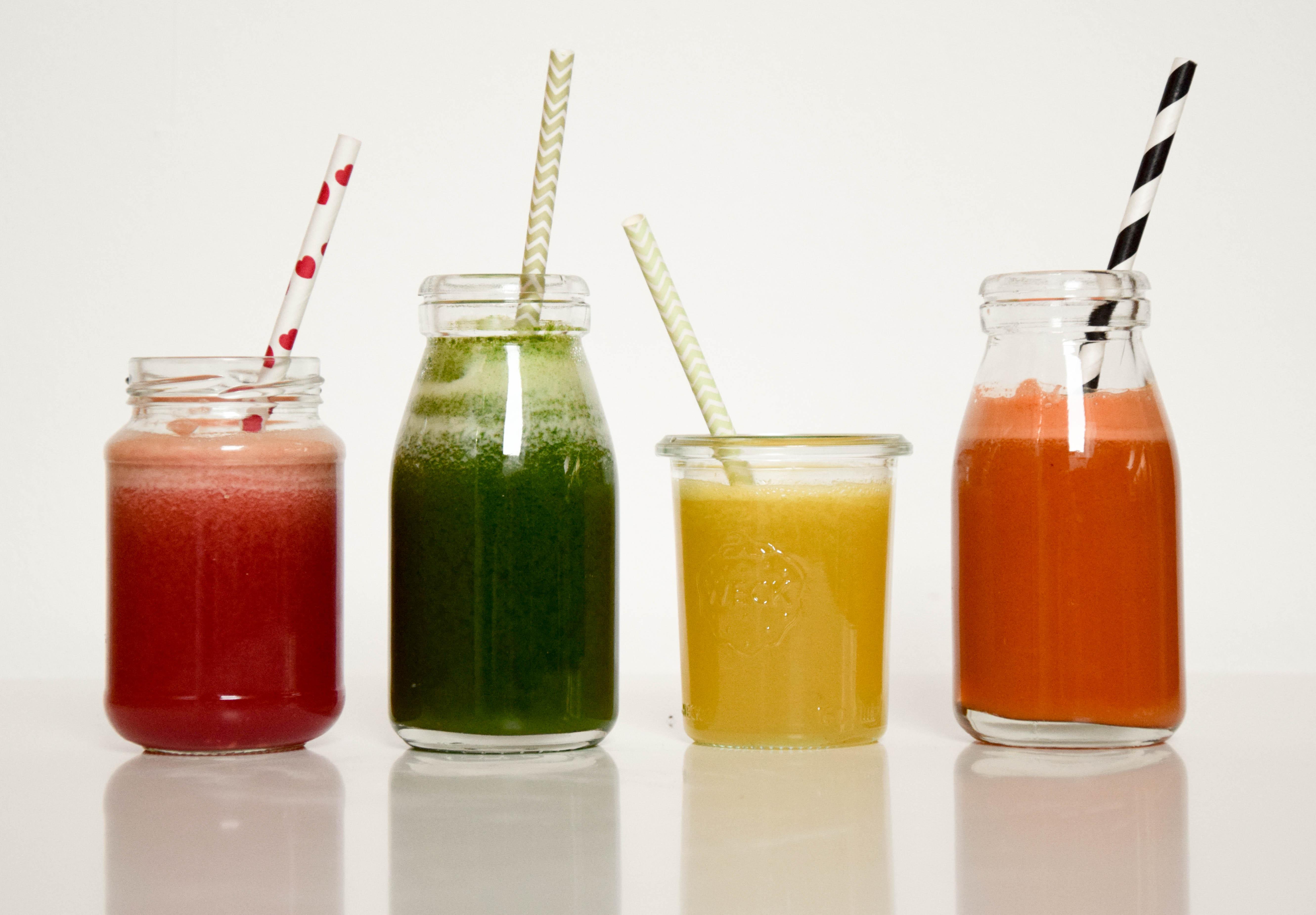 Frische Obst- und Gemüsesäfte aus dem Entsafter!