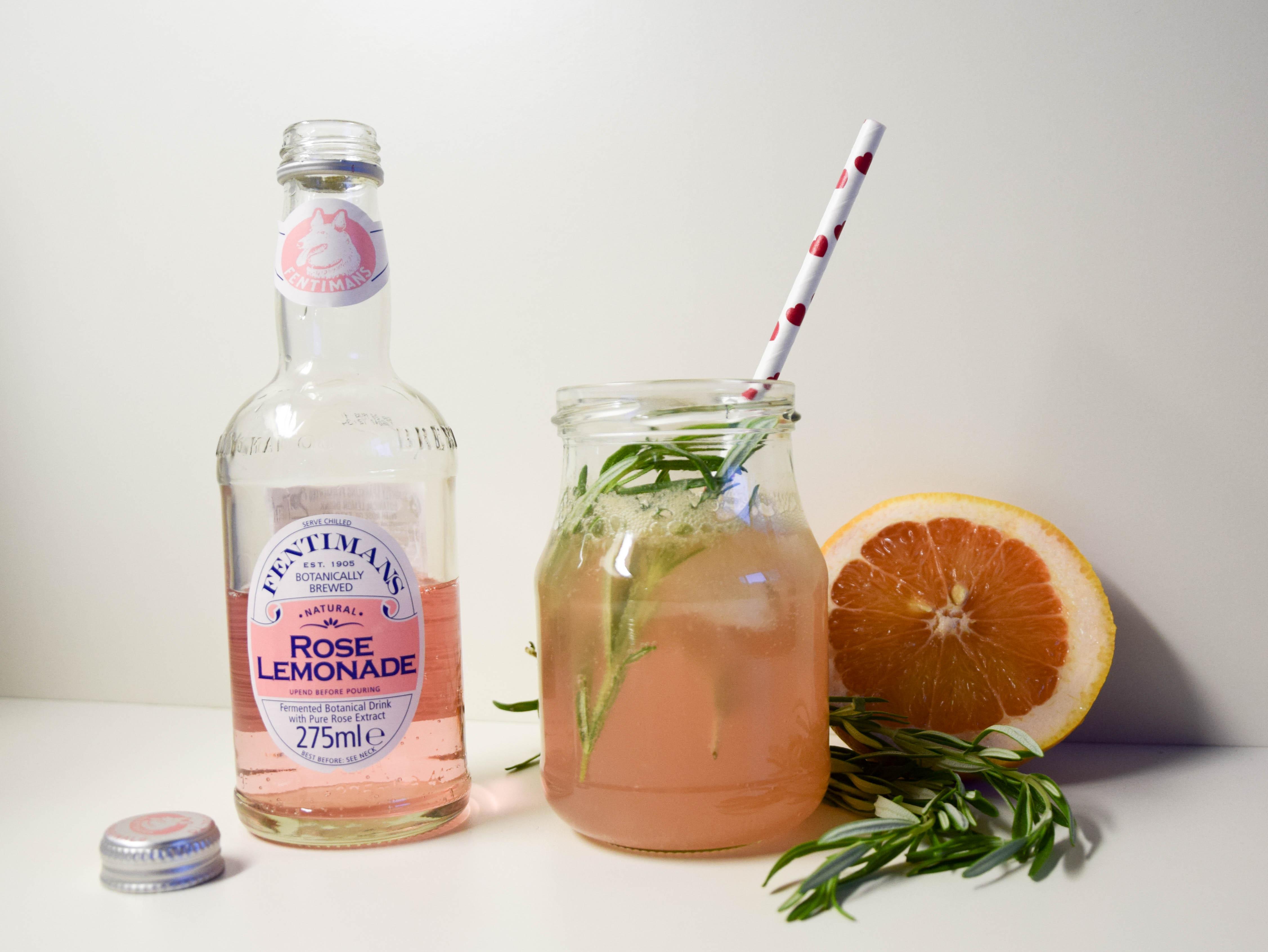Sun Downer – Pink Rosmarin Gin