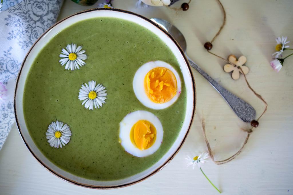 Frühlingshafte Brokkolicremesuppe_mintnmelon by Babsi Sonnenschein 2