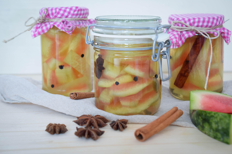 Knackige Wassermelonen-Pickles