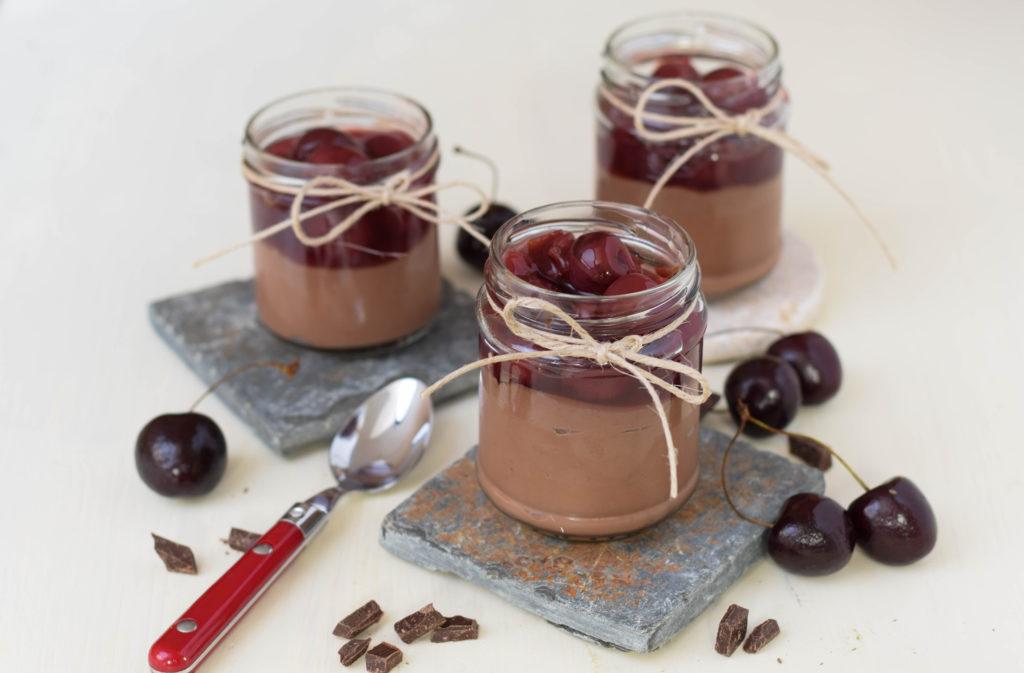 Schokolade Dessert im Glas mit Vanillekirschen mintnmelon by Babsi Sonnenschein 1