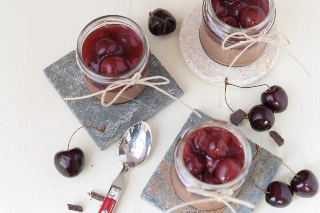 Schokolade Dessert im Glas mit Vanillekirschen mintnmelon by Babsi Sonnenschein 2