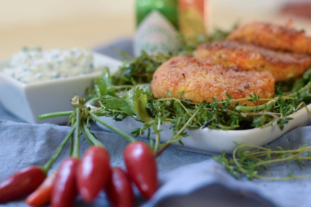 gemueseschnitzel-mit-wildkraeuter-sprossen-salat-und-dip-mintnmelon-by-babsi-sonnenschein-12