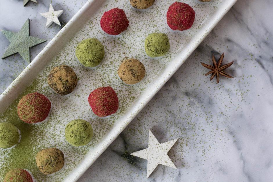 Köstliche Raw Food Weihnachtskugerl