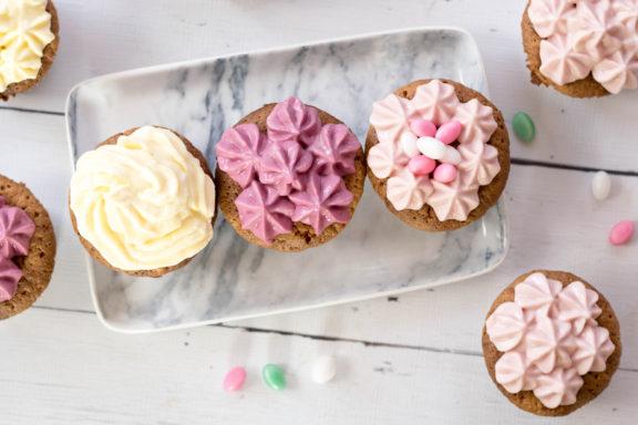 Pastellfarben Oster-Cupcakes