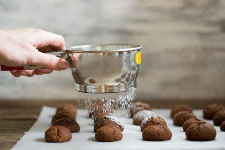 Schnelles Keksrezept – Schoko-Haselnuss Knöpfe