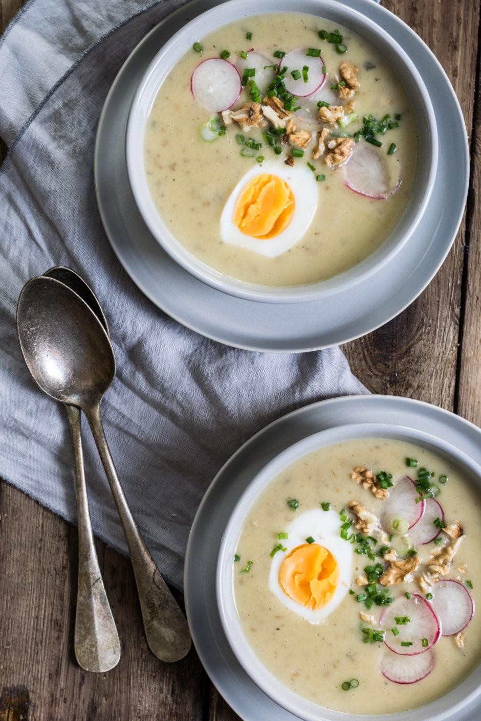 Frühlingshafte Kartoffel-Lauch-Cremesuppe