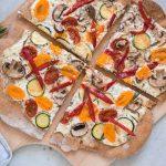 Pizza mit Sommer-Gemüse