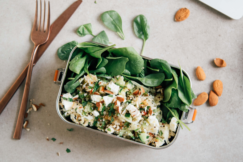 Quinoa Feta Salat