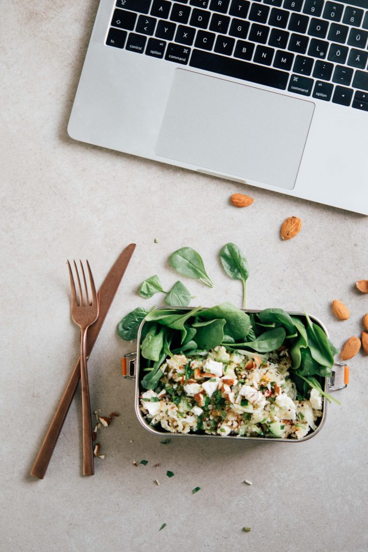Lunch to go – Grüner Quinoa Feta Salat