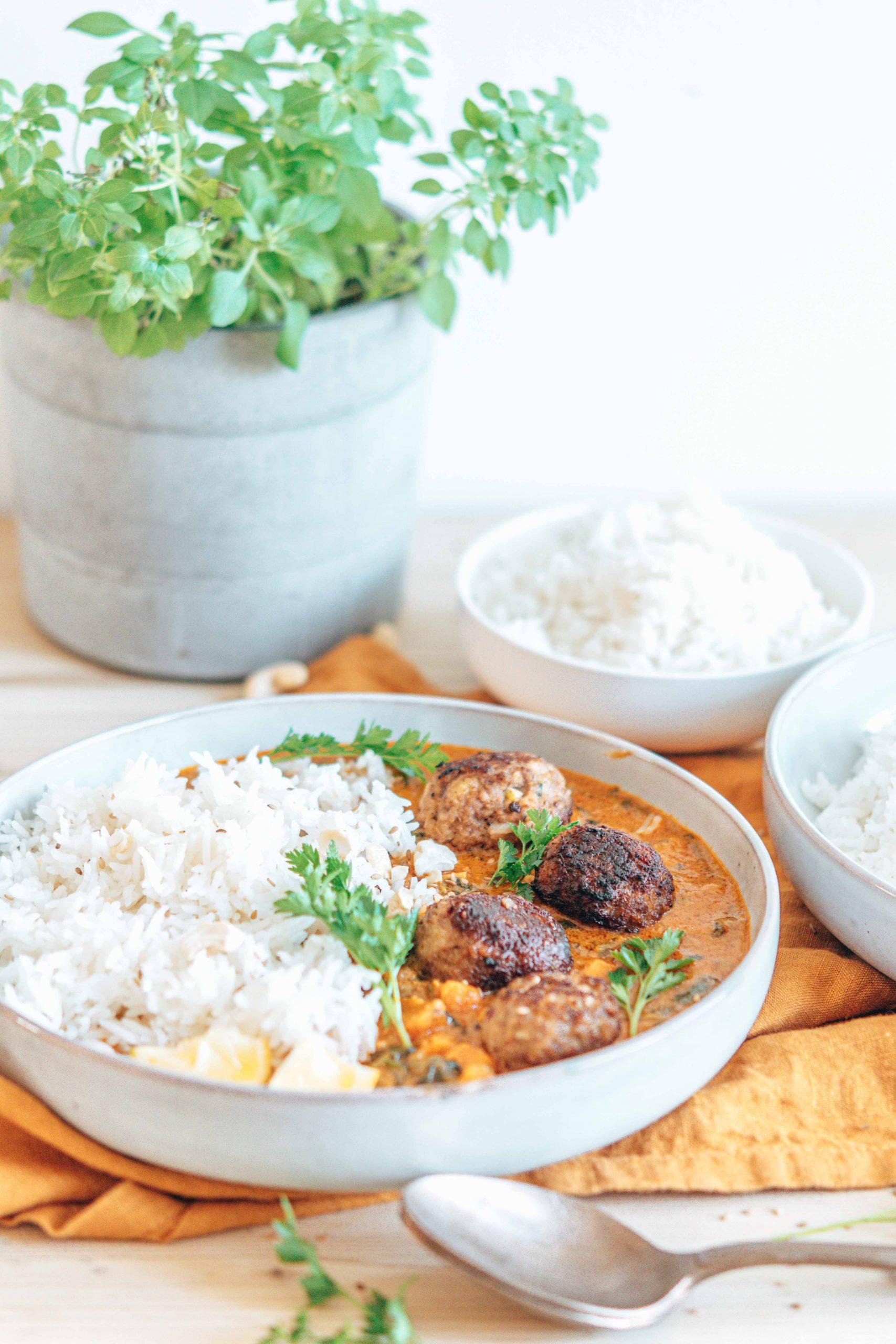 Thai Faschierte Bällchen mit Kokos Curry